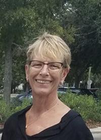 Meet a Helpline Volunteer: Eileen